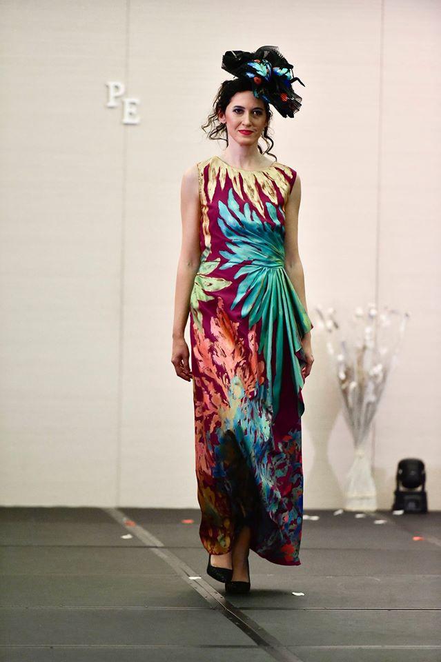 pasarela-española- vestido-estampado