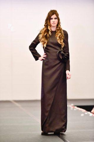 vestido-largo-javier-yanes-pasarela-española